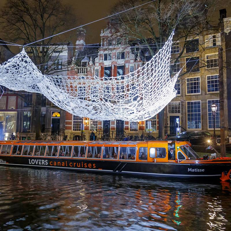 Amsterdam_Light_Festival_rondvaart_Lovers1.jpg